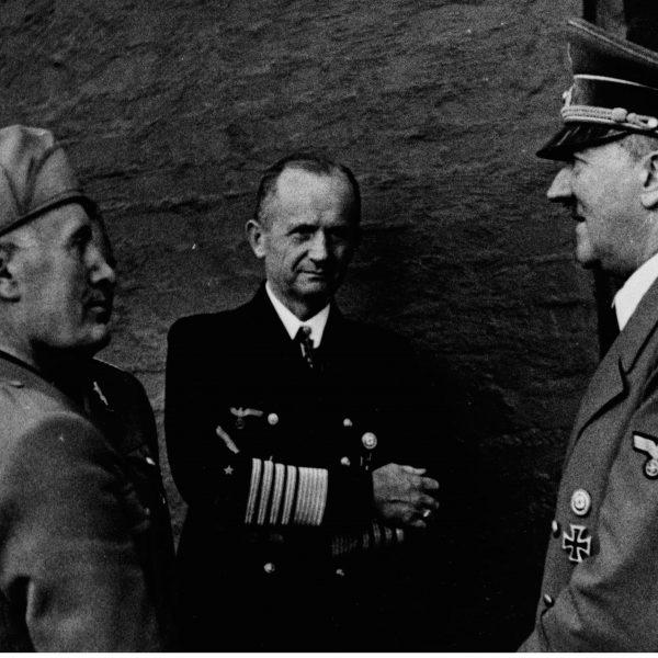 Benito Mussolini z wizytą u Adolfa Hitlera 1944 07