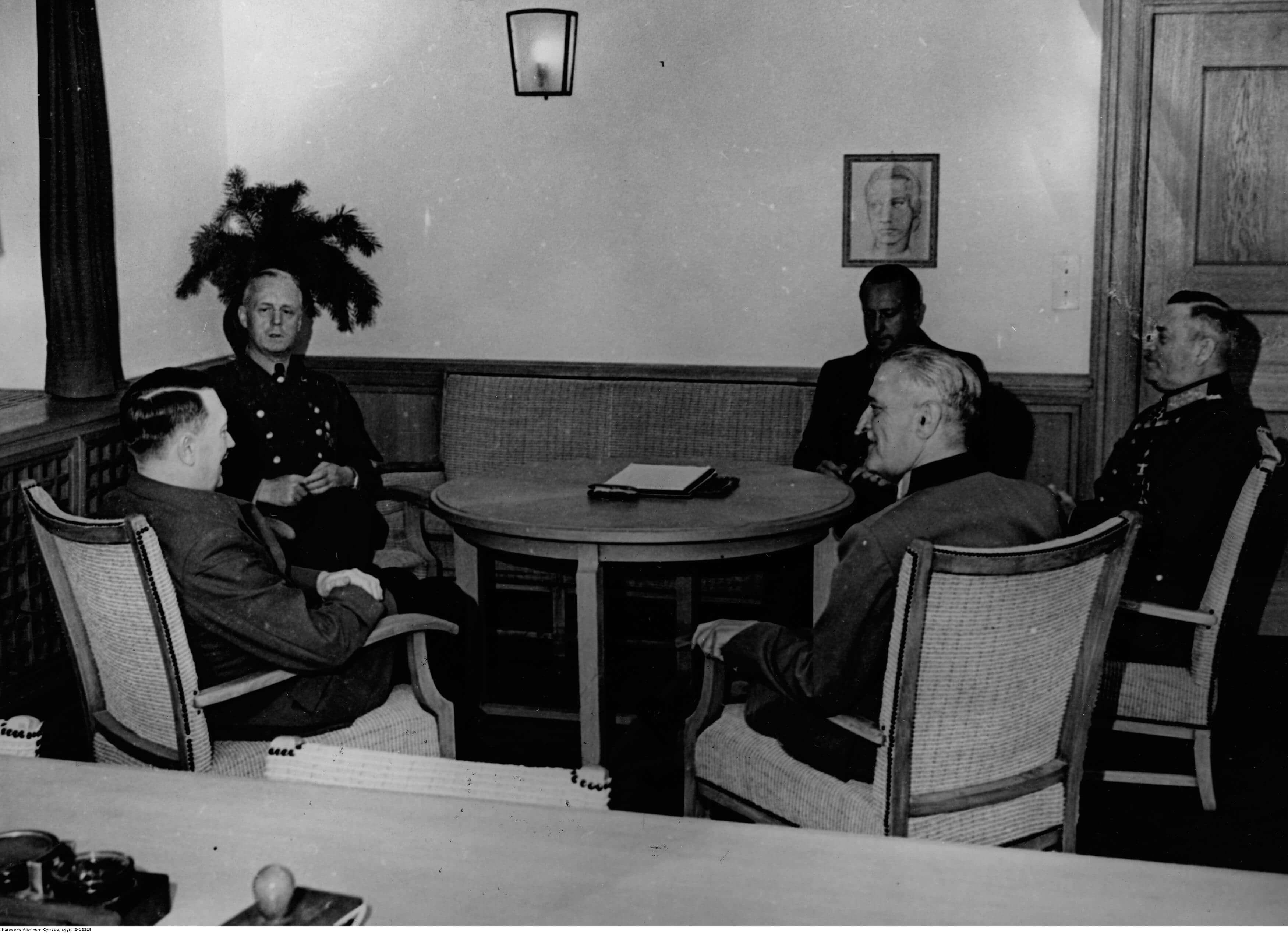 Marszałek Chorwacji Slavko Kvaternik z wizytą u Adolfa Hitlera w kwaterze głównej 1941