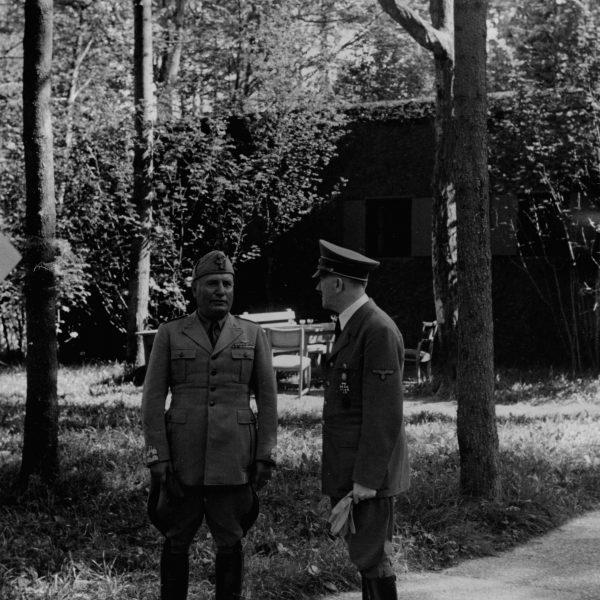 Wizyta Benito Mussoliniego w kwaterze głównej u Adolfa Hitlera 1941