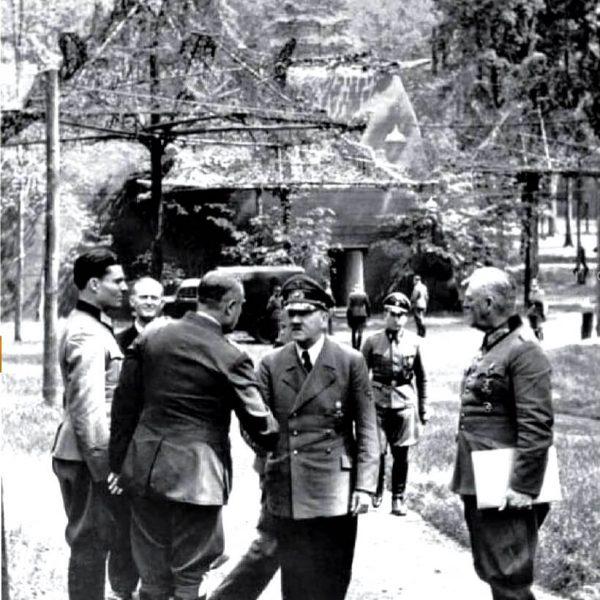 Wilczy Szaniec - Stauffenberg - Hitler - Keitel