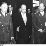 Heusinger (po lewej) 1955