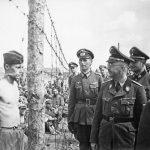 Himmler wizytujący obóz dla radzieckich jeńców wojennych w Rosji