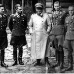Od lewej- kapitan zur Lippe-Weissenfels, major Helmut Lent, marszałek Rzeszy Hermann Goering, major Fritz Hermann, kapitan Maurer